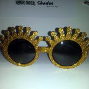 Gold Glitter Crowns Front